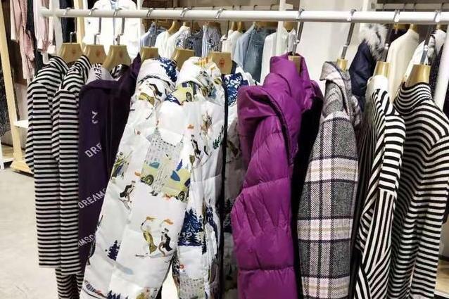 一手货源:全国10大服装批发市场最全分析,哪里拿货便宜